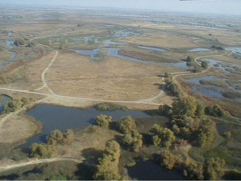 aerial photo of Los Banos Wildlife Area