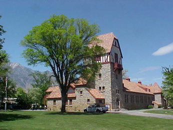 historic building at Mount Whitney Fish Hatchery